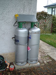 220px-LPG_cylinders